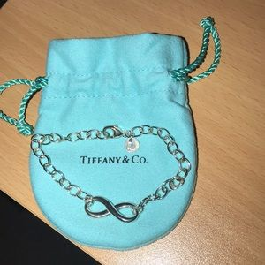 Tiffany & Co Infinity Bracelet in Sterling Silver